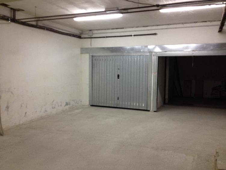 Box / Garage in vendita a Sarzana, 1 locali, zona Località: CENTRO, prezzo € 35.000 | CambioCasa.it