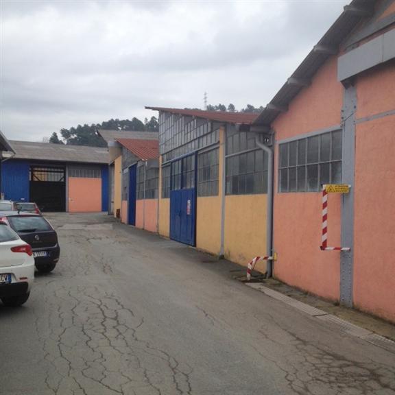 Capannone in affitto a La Spezia, 1 locali, zona Località: FOSSAMASTRA, prezzo € 1.000   CambioCasa.it