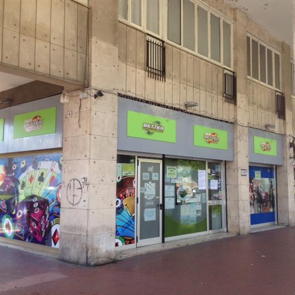 Locale commerciale, Mazzetta, La Spezia, in ottime condizioni