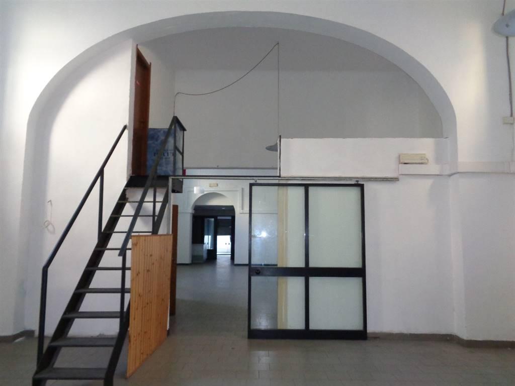 Locali commercialiLa Spezia - Locale commerciale, Centro, La Spezia, abitabile