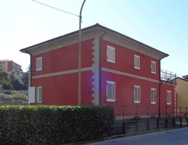 Bifamiliare, Prati, Vezzano Ligure