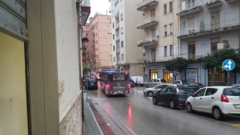 Negozio / Locale in vendita a Salerno, 1 locali, zona Zona: Carmine, prezzo € 90.000   CambioCasa.it