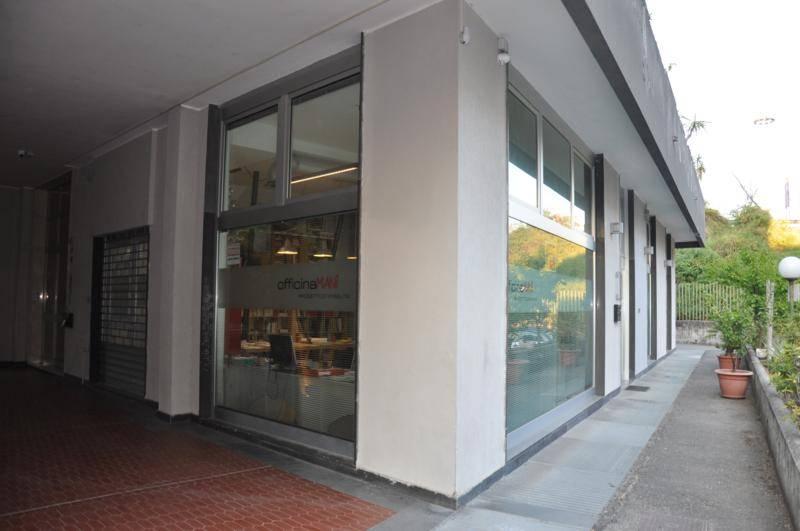 Ufficio / Studio in vendita a Salerno, 7 locali, zona Zona: Mercatello, prezzo € 450.000 | CambioCasa.it