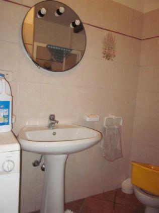 bagno - lavanderia al seminterrato