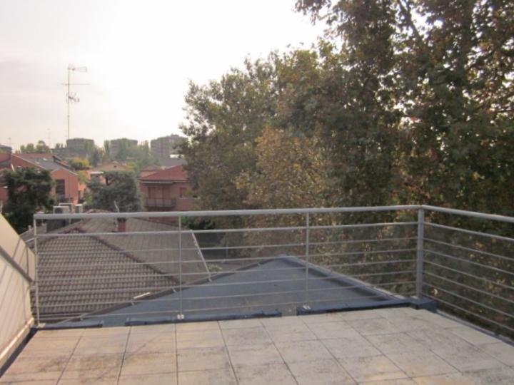 terrazzo 16 mq esclusivo - Rif. mosfau122*