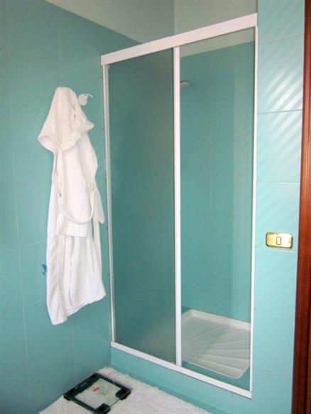 bagno al 1° p. particolare doccia  - Rif. mosud61f