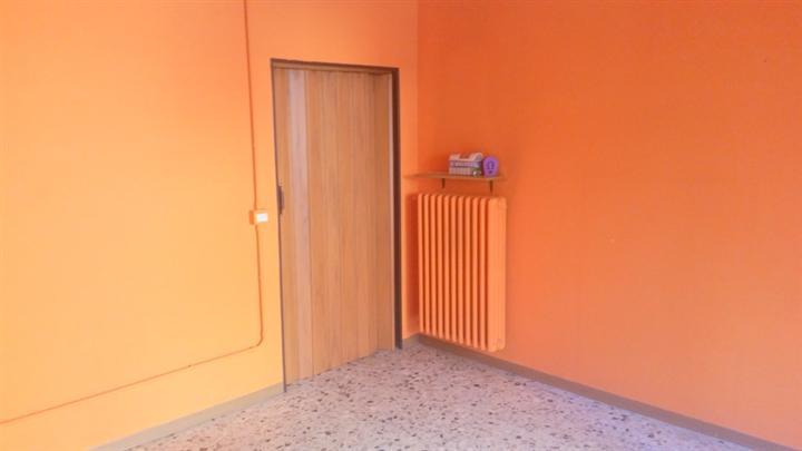 Attività commerciale, Modena Est, Modena, abitabile