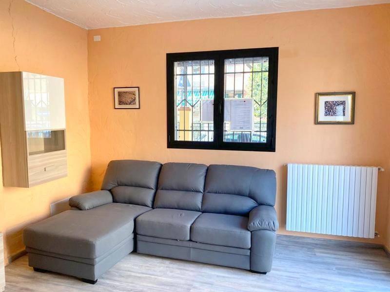 Appartamento in affitto a Sassuolo, 1 locali, zona Zona: Centro, prezzo € 650 | CambioCasa.it