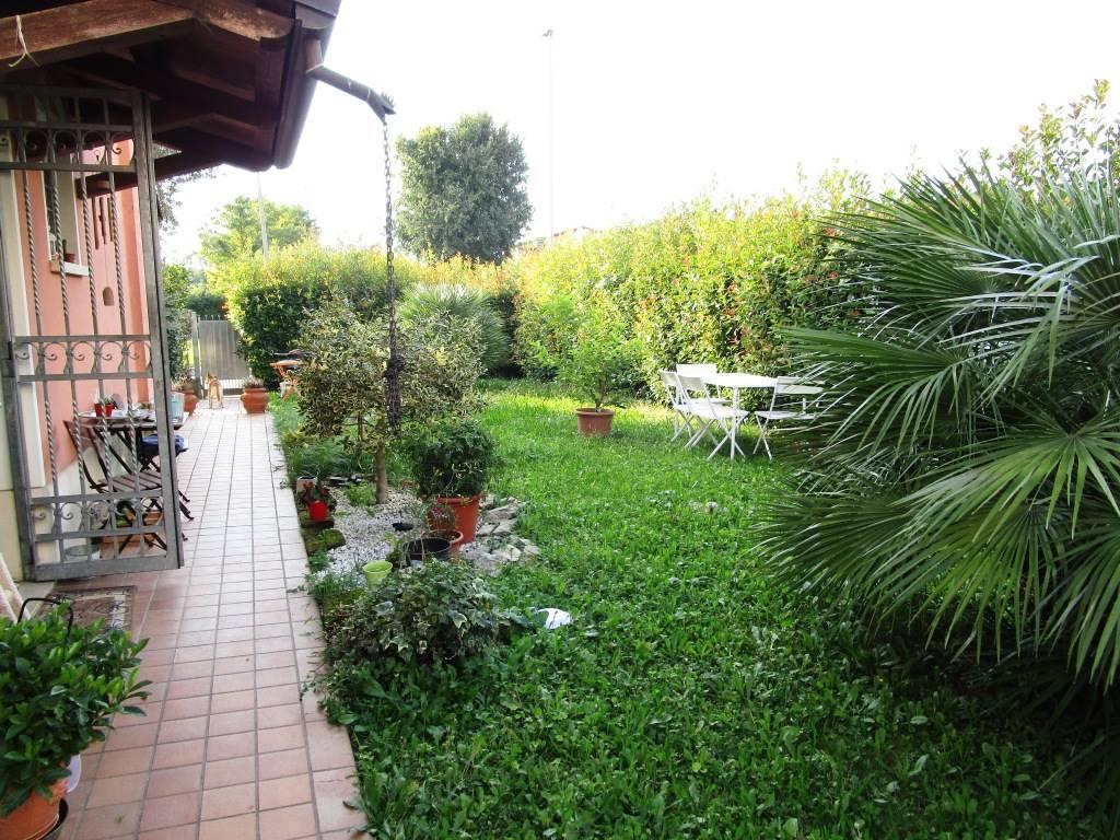 Villa a schiera, Crocefisso, Padova, in ottime condizioni