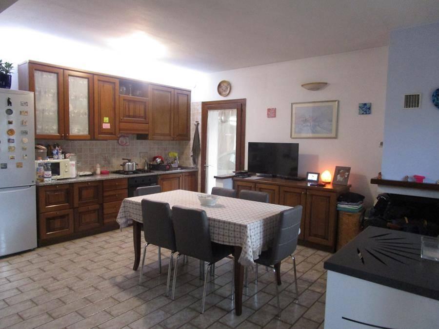 Bifamiliare, Basso Isonzo, Padova, ristrutturato