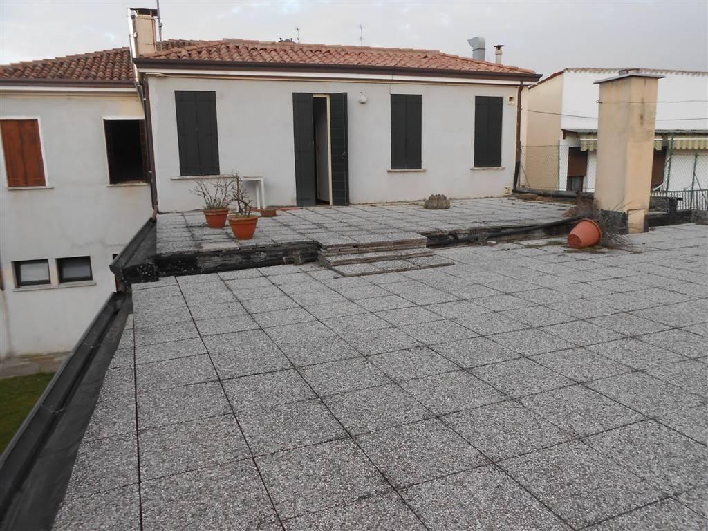 Casa singola, Voltabarozzo, Padova, da ristrutturare
