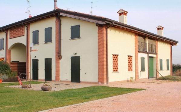Villa bifamiliare a CINQUANTA, SAN GIORGIO DI PIANO