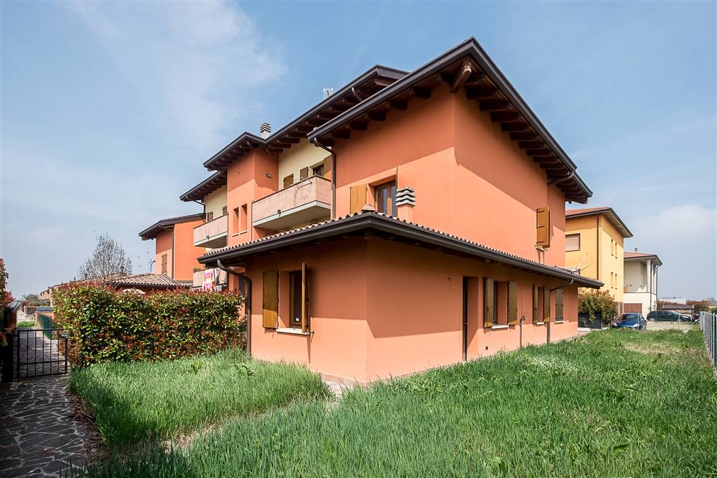 Villa a schiera a MASCARINO-VENEZZANO, CASTELLO D'ARGILE