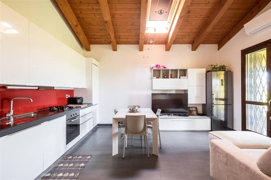 Appartamento indipendente a RENAZZO, CENTO