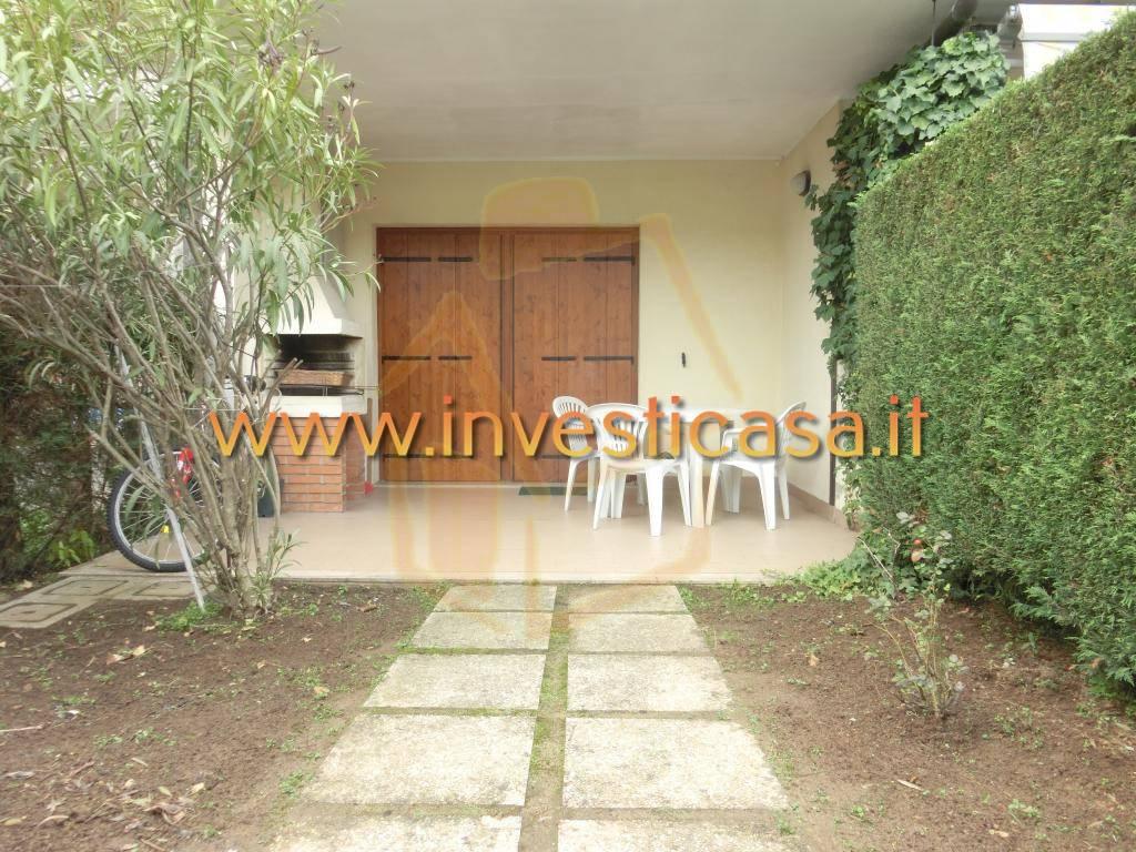 Appartamento in affitto a Lazise, 2 locali, zona Località: COLA' DI LAZISE, prezzo € 400   CambioCasa.it