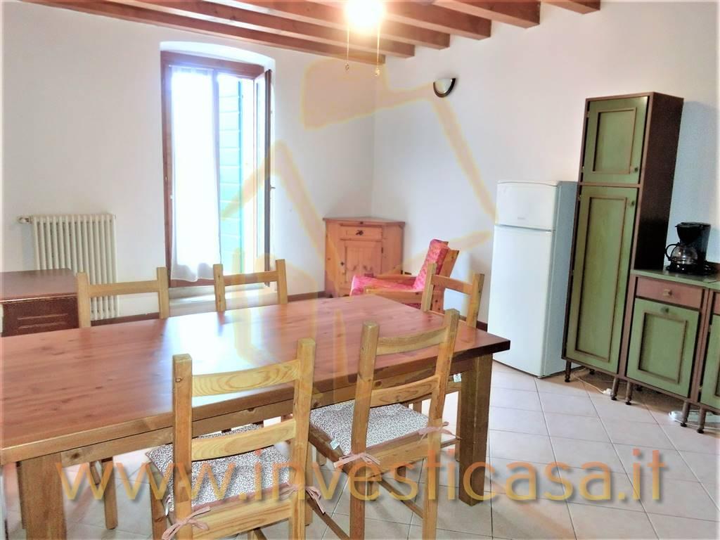 Appartamento in affitto a Lazise, 4 locali, prezzo € 790   CambioCasa.it