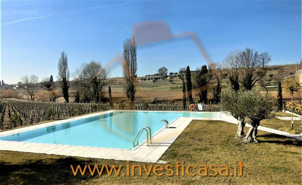 Appartamento in affitto a Lazise, 4 locali, prezzo € 900 | CambioCasa.it