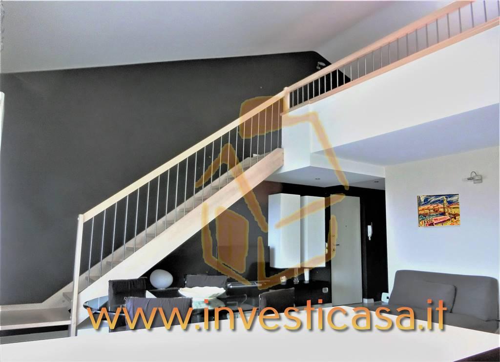 Appartamento in vendita a Lazise, 4 locali, prezzo € 350.000 | CambioCasa.it