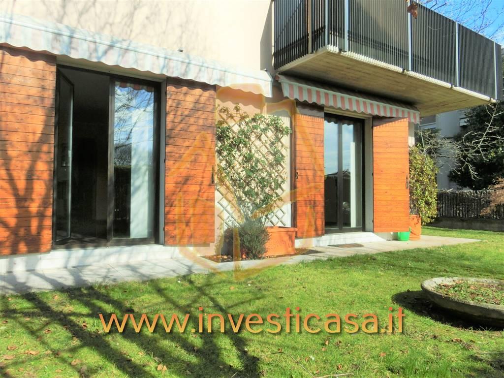 Villa in affitto a Bussolengo, 5 locali, prezzo € 1.500 | CambioCasa.it