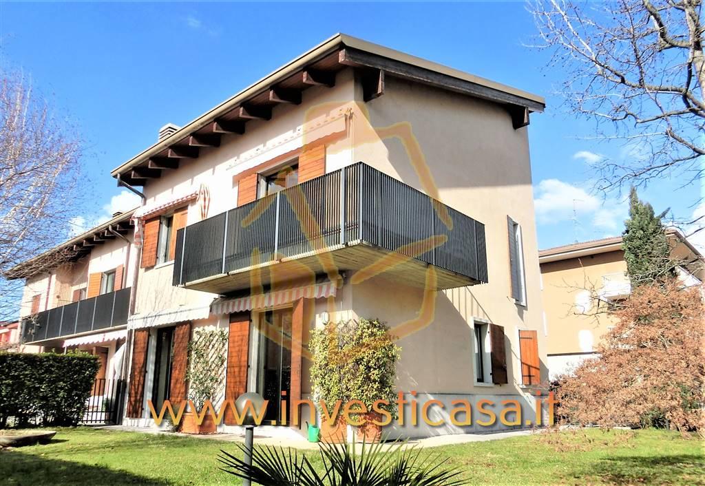 Soluzione Indipendente in affitto a Bussolengo, 5 locali, prezzo € 1.500 | CambioCasa.it