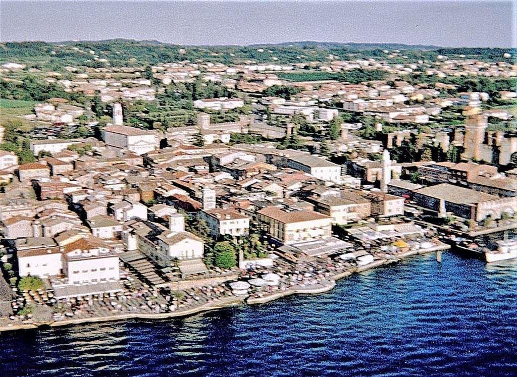 Negozio / Locale in vendita a Lazise, 9999 locali, Trattative riservate | CambioCasa.it