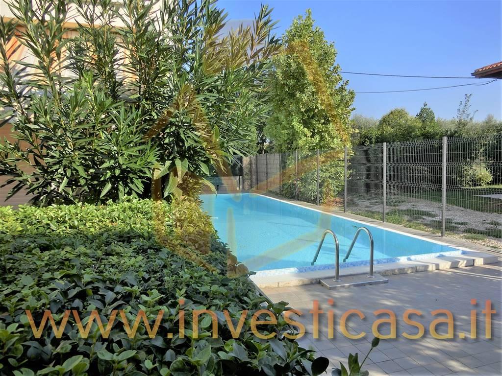 Appartamento in vendita a Lazise, 3 locali, zona Località: PAIARI, prezzo € 189.000 | CambioCasa.it