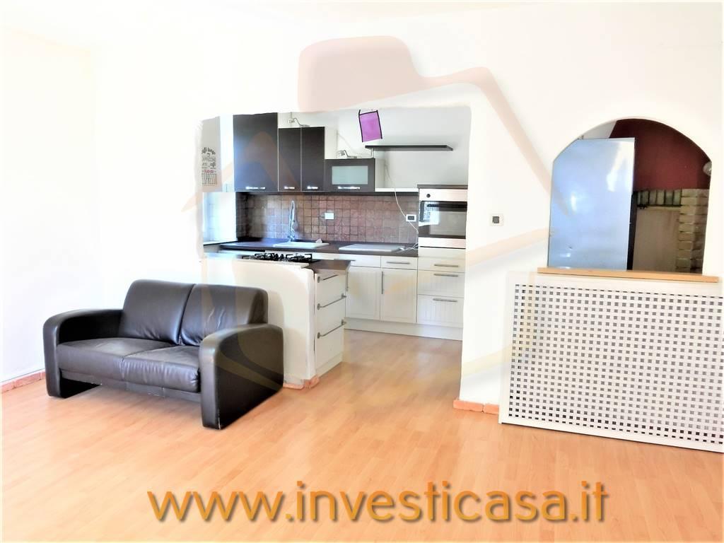 Appartamento in affitto a Lazise, 3 locali, prezzo € 890 | CambioCasa.it