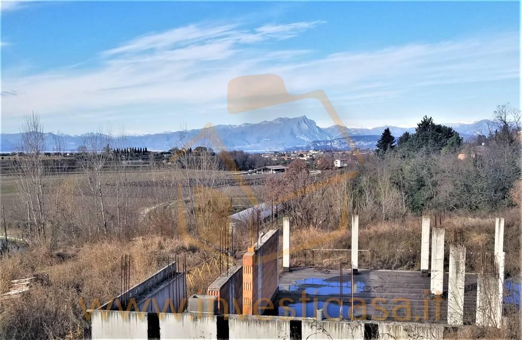 Villa in vendita a Lazise, 10 locali, prezzo € 450.000 | CambioCasa.it