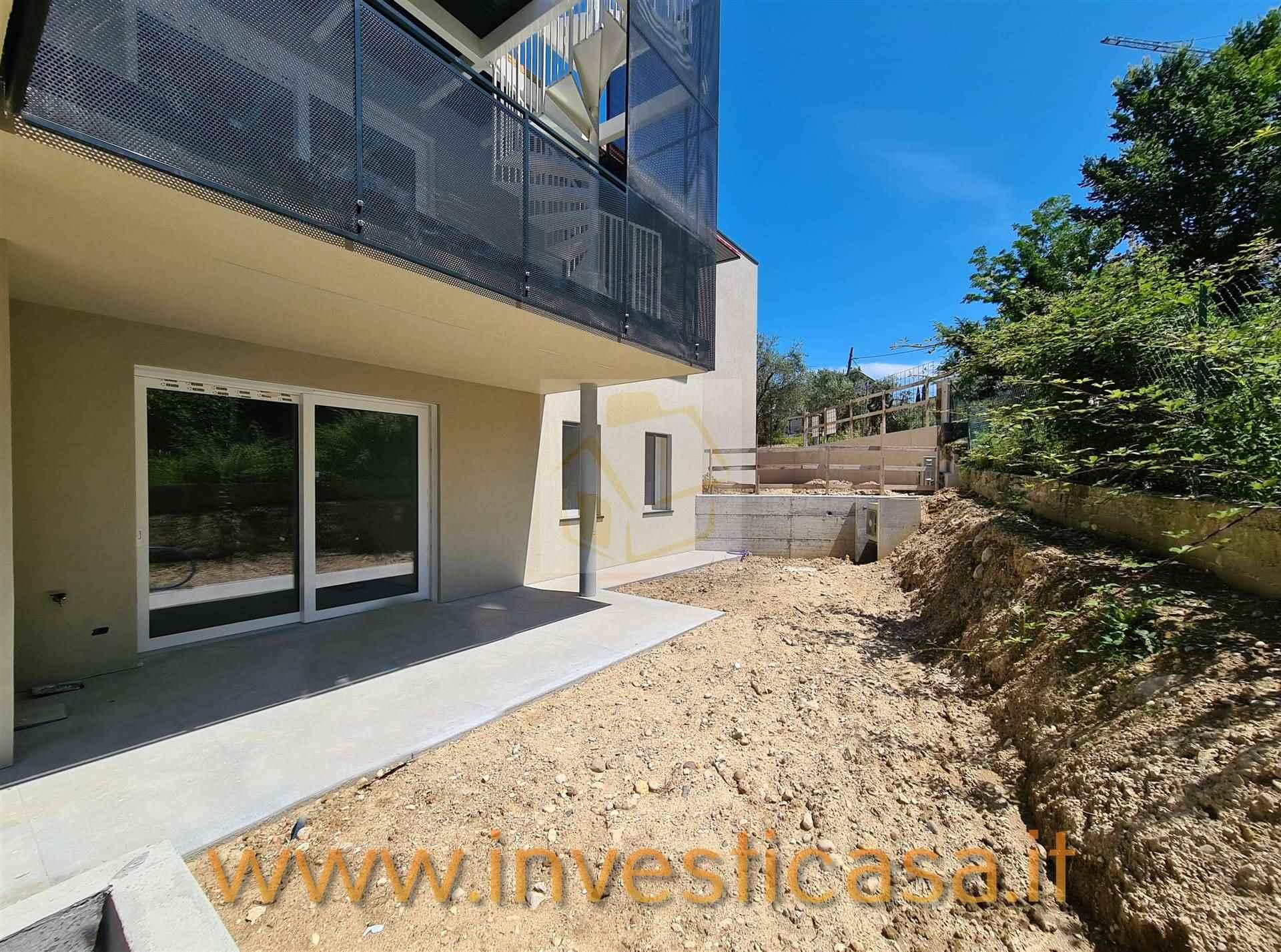Appartamento in vendita a Lazise, 4 locali, prezzo € 310.000 | PortaleAgenzieImmobiliari.it