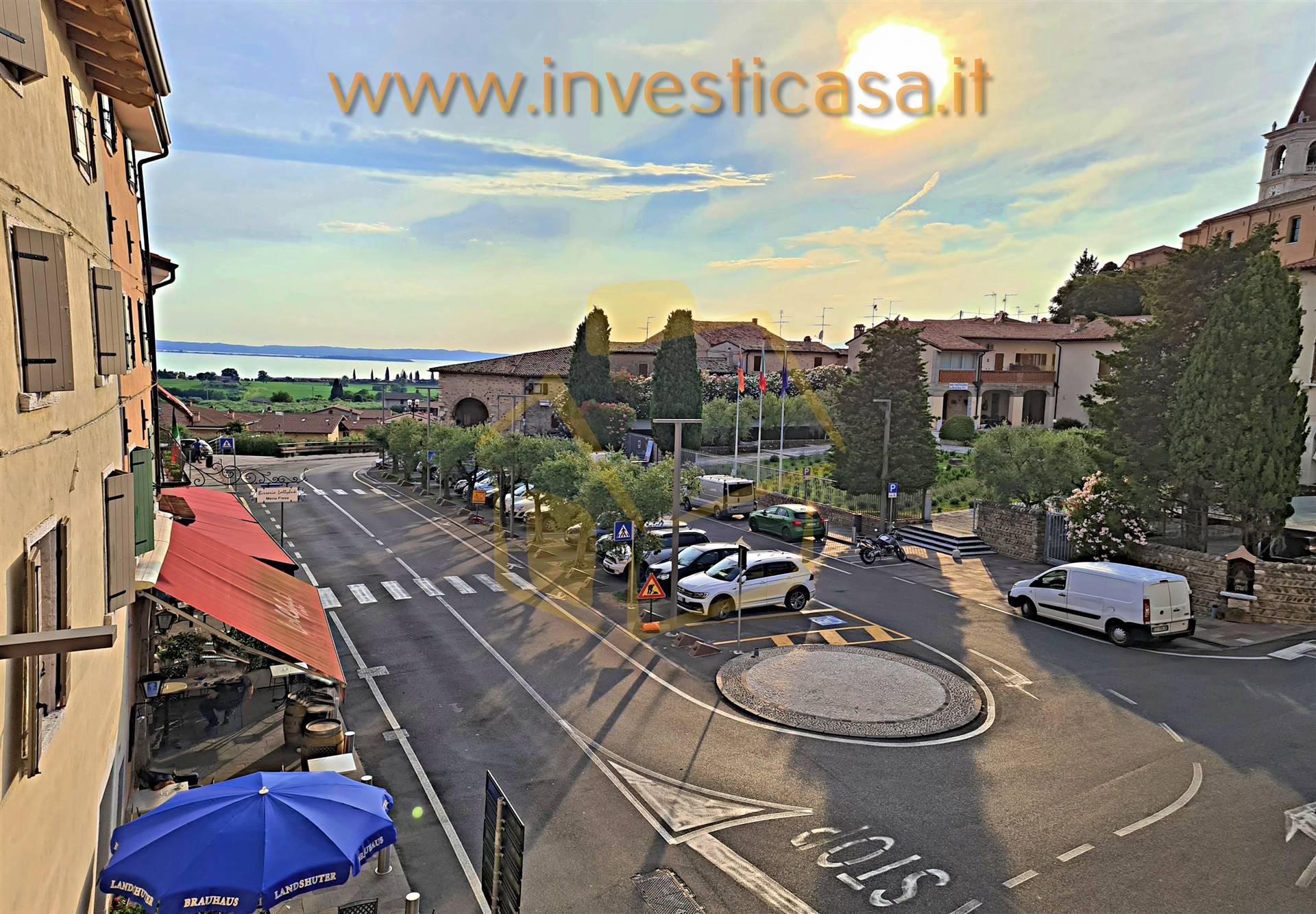 Appartamento in affitto a Bardolino, 3 locali, zona Zona: Calmasino, prezzo € 750 | CambioCasa.it