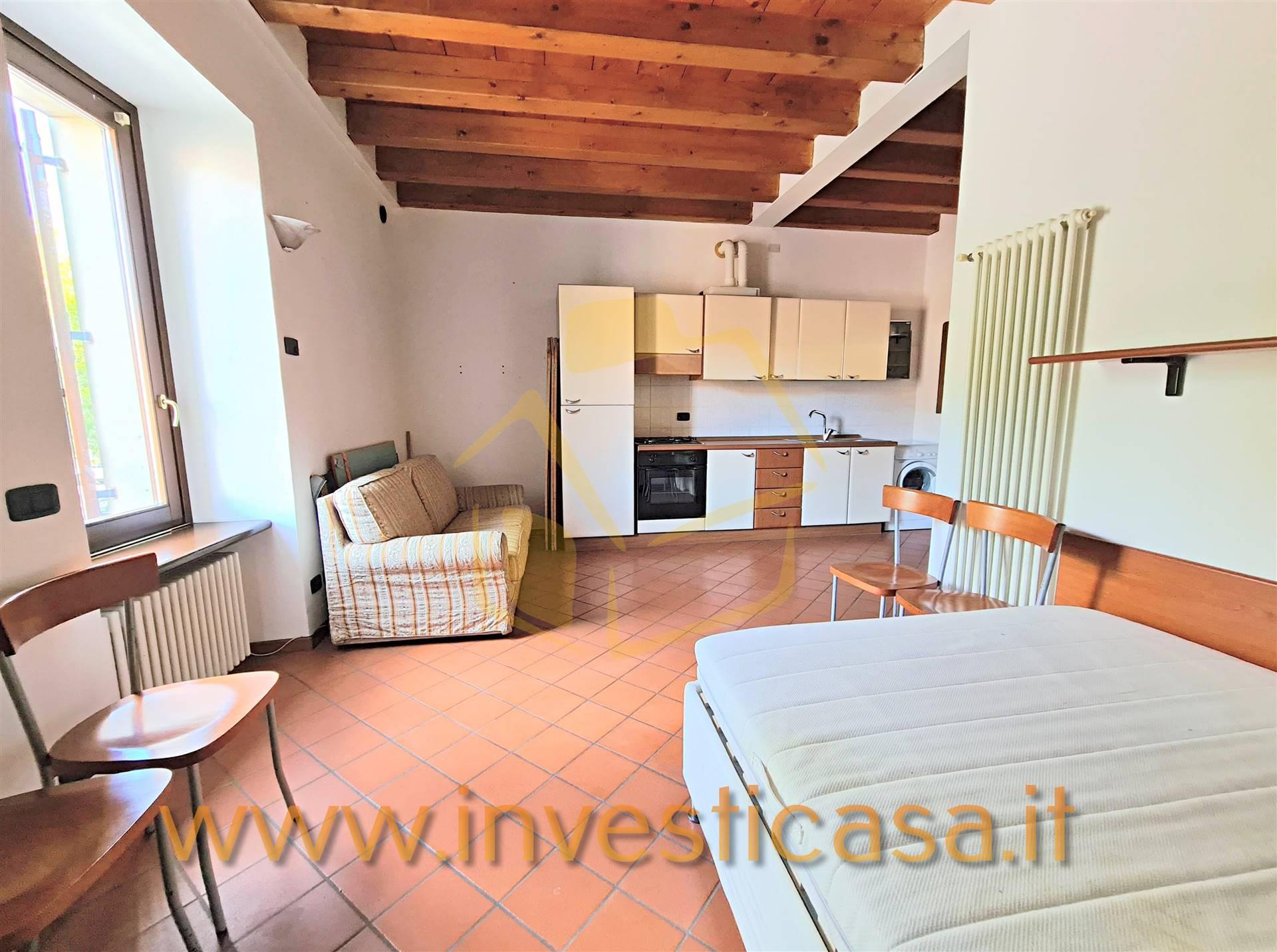 Appartamento in vendita a Lazise, 1 locali, zona Località: PACENGO, prezzo € 115.000 | CambioCasa.it