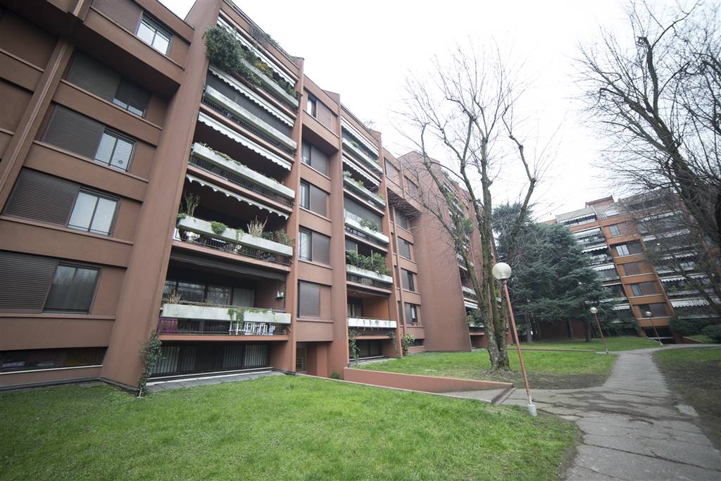 Appartamento in vendita a Basiglio, 4 locali, zona Zona: Milano 3, prezzo € 260.000 | CambioCasa.it