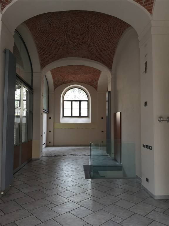 CORSO ITALIA, MISSORI, MILANO, Ufficio in affitto di 188 Mq, Ottime condizioni, Riscaldamento Autonomo, Classe energetica: G, Epi: 234,6 kwh/m3 anno,