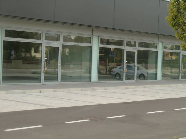 MAERNE, MARTELLAGO, Shop for sale of 200 Sq. mt., New construction, Energetic class: Not subject, placed at Ground on 2, composed by: 1 Room, Parking