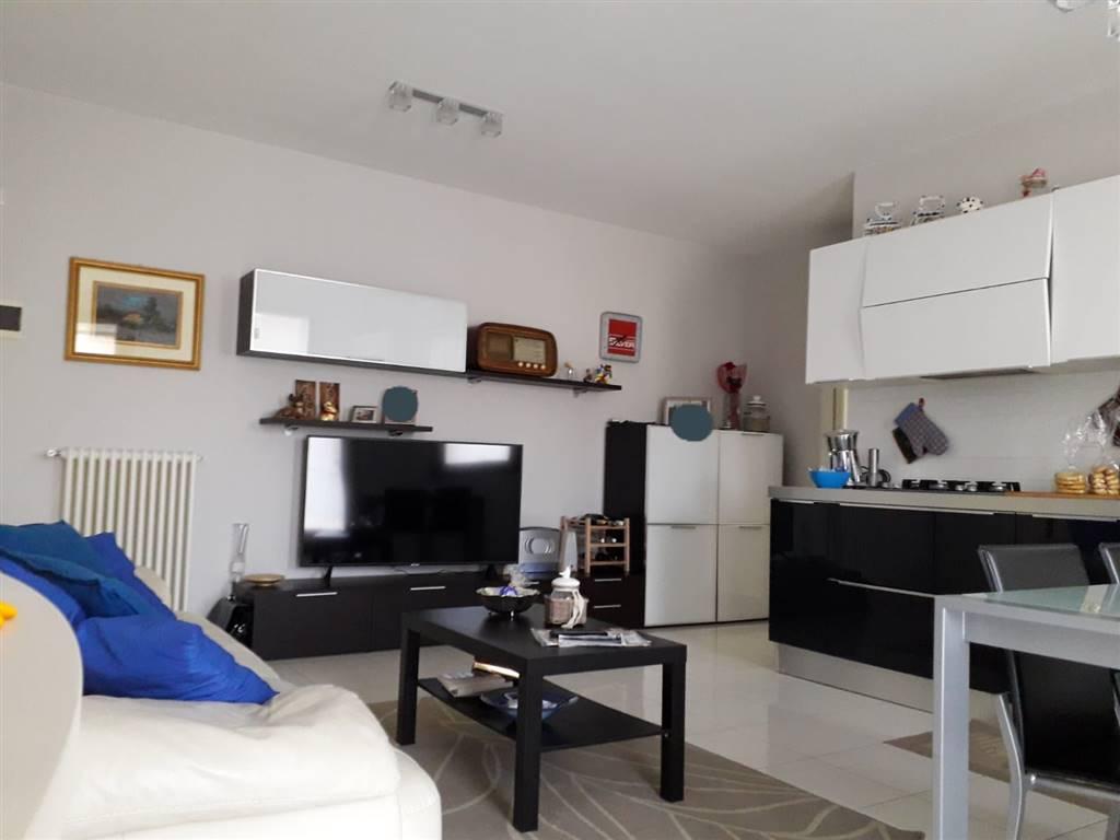 Appartamento in vendita a Salzano, 4 locali, prezzo € 175.000   CambioCasa.it
