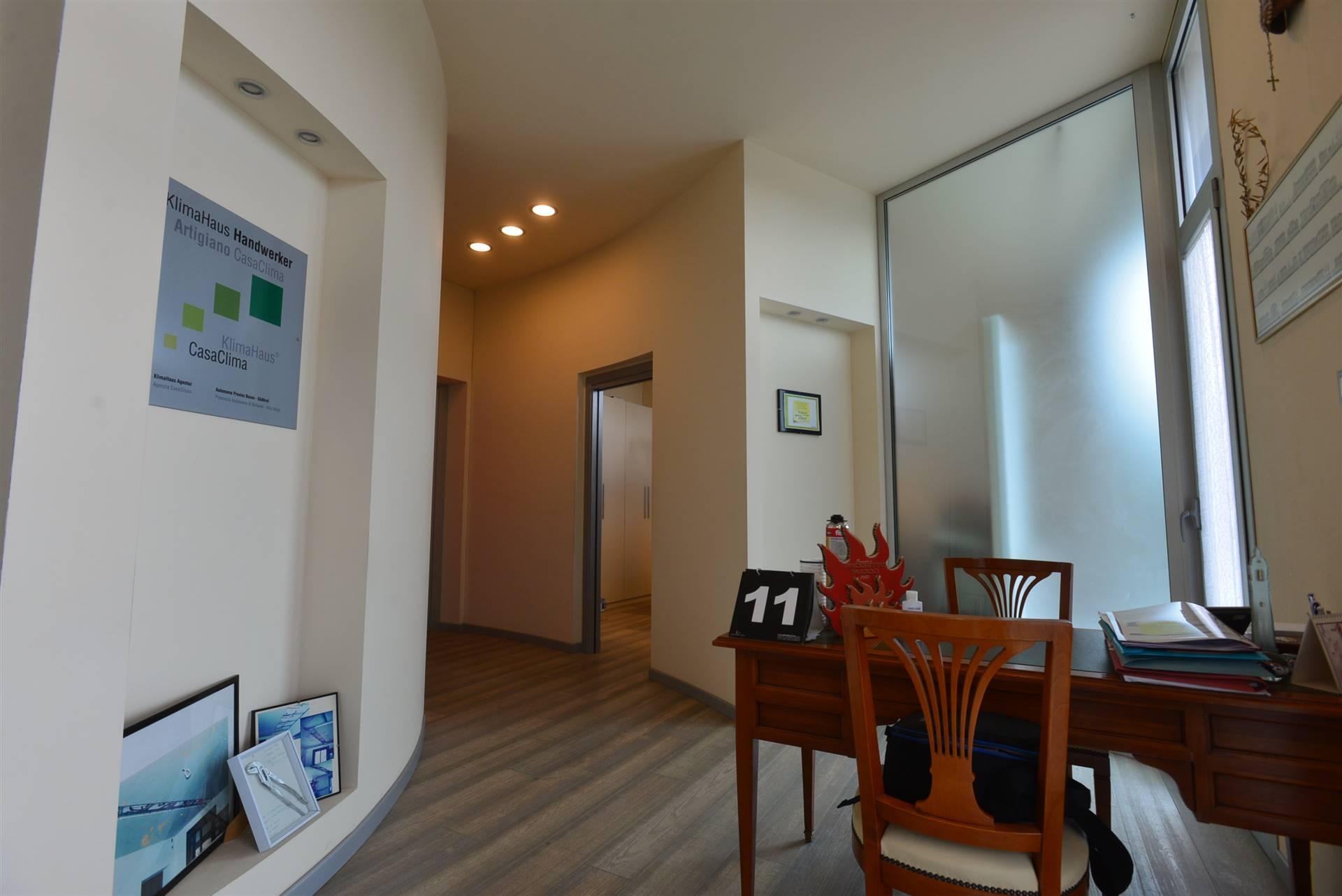 Attività / Licenza in affitto a Salzano, 2 locali, zona Zona: Robegano, prezzo € 600 | CambioCasa.it