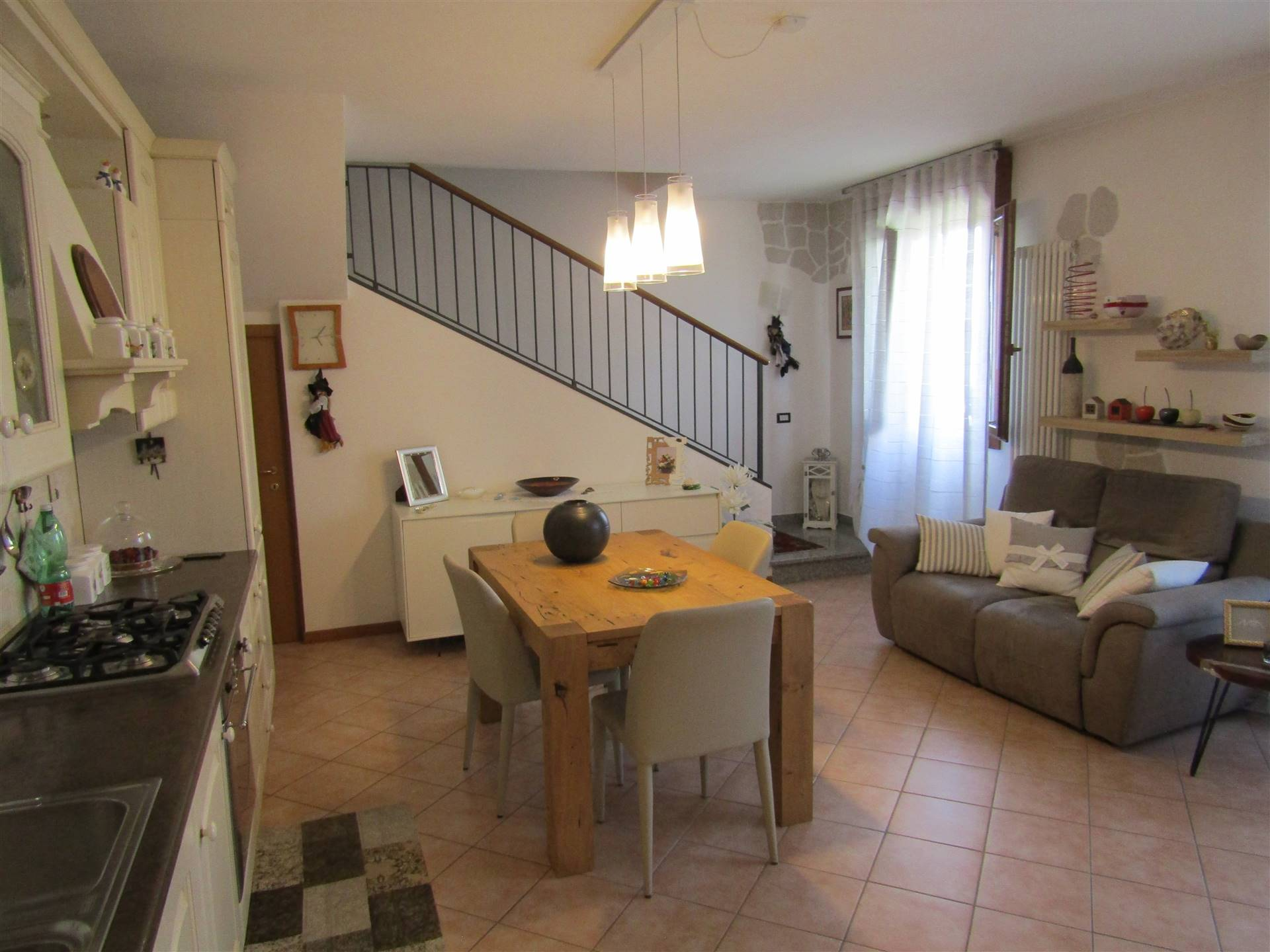 VETREGO, MIRANO, Apartment for sale of 95 Sq. mt., Habitable, Heating Individual heating system, Energetic class: G, placed at 1° on 3, composed by: 3 Rooms, Kitchenette, , 2 Bedrooms, 2 Bathrooms,