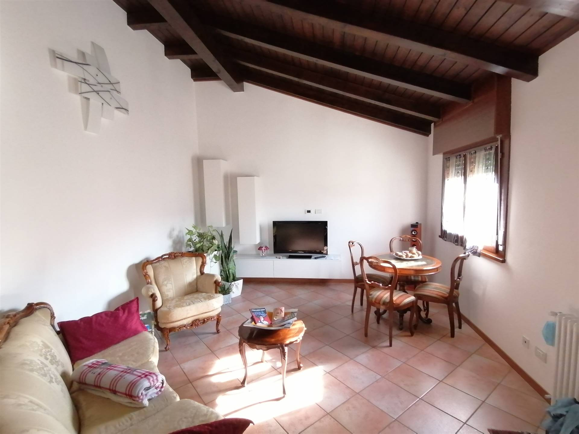 SALZANO, Independent Apartment for sale of 80 Sq. mt., Habitable, Heating Individual heating system, Energetic class: D, Epi: 101,69 kwh/m2 year,