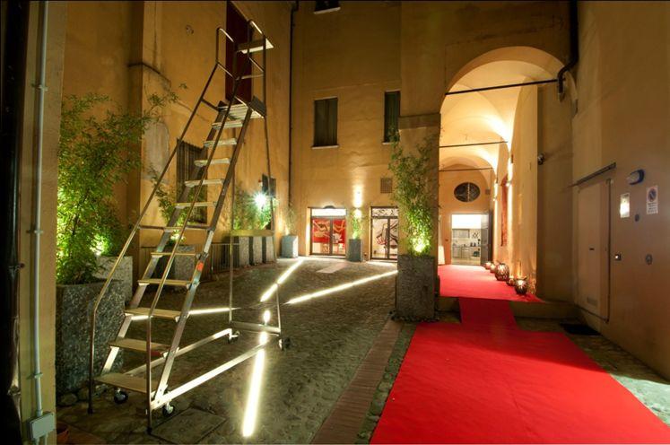 Trilocale in Via San Felice, Centro Storico, Bologna