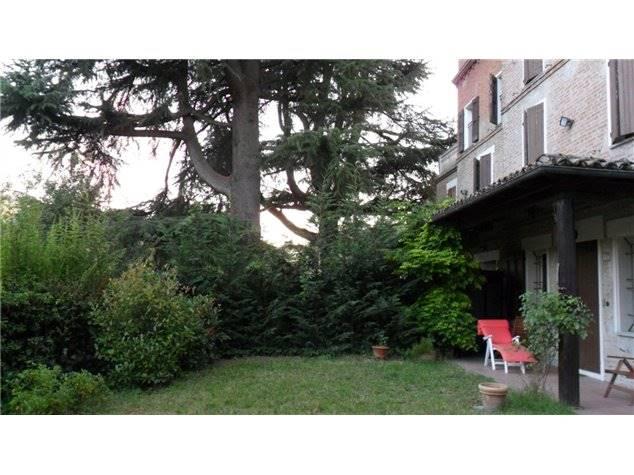 Villa in Via Lavino, Monte San Giovanni, Monte San Pietro