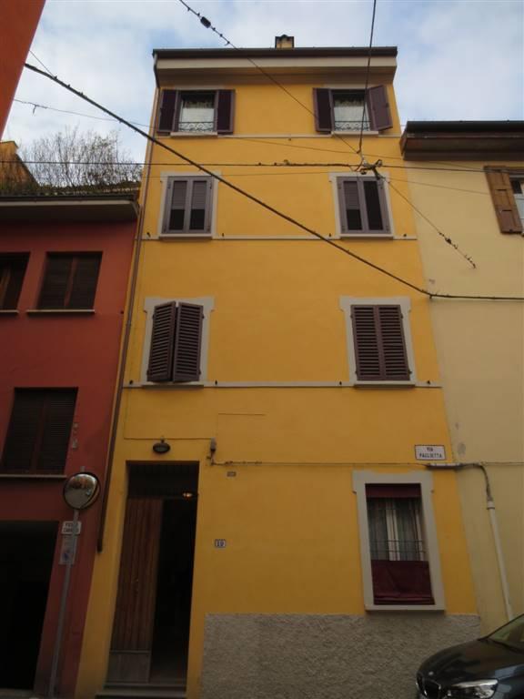 Monolocale in Via Paglietta, Centro Storico, Bologna