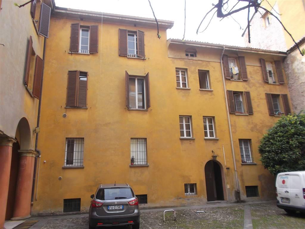 Bilocale in Via San Vitale 74, Centro Storico, Bologna