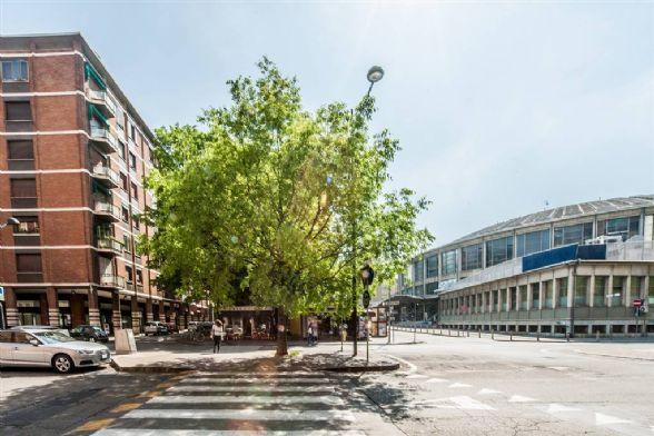Quadrilocale in Piazza Azzarita, Centro Storico, Bologna