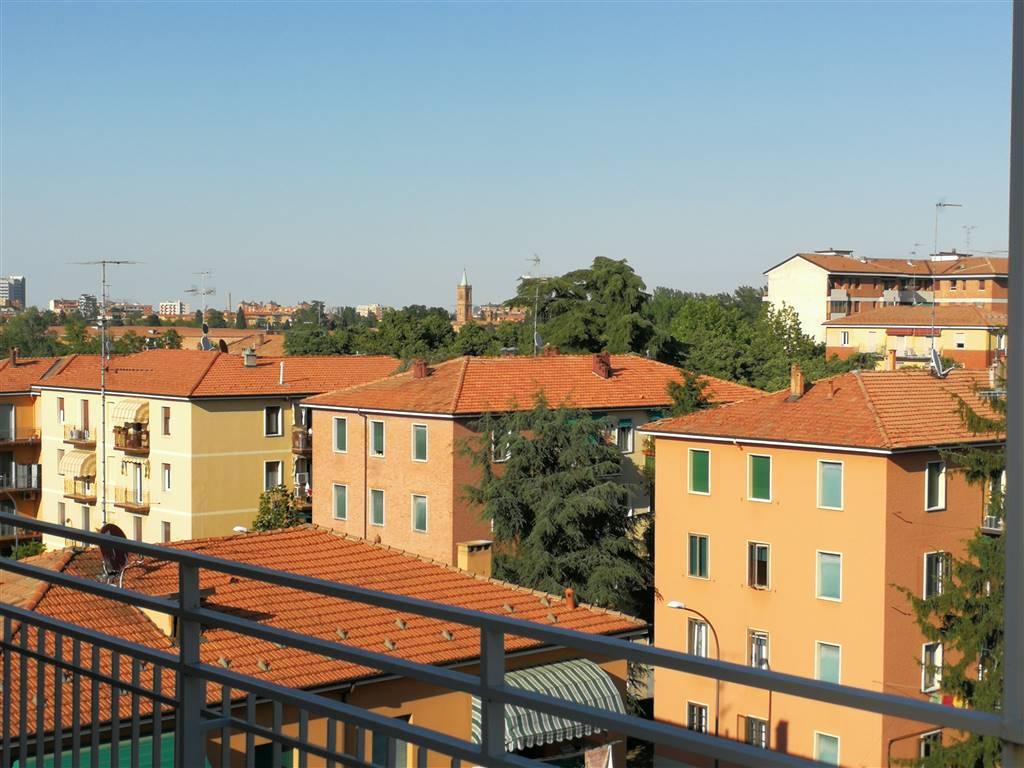 Attico in Via Bergamini, Bologna