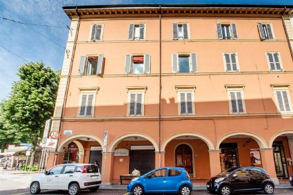 Appartamento in Via D'azeglio, Centro Storico, Bologna