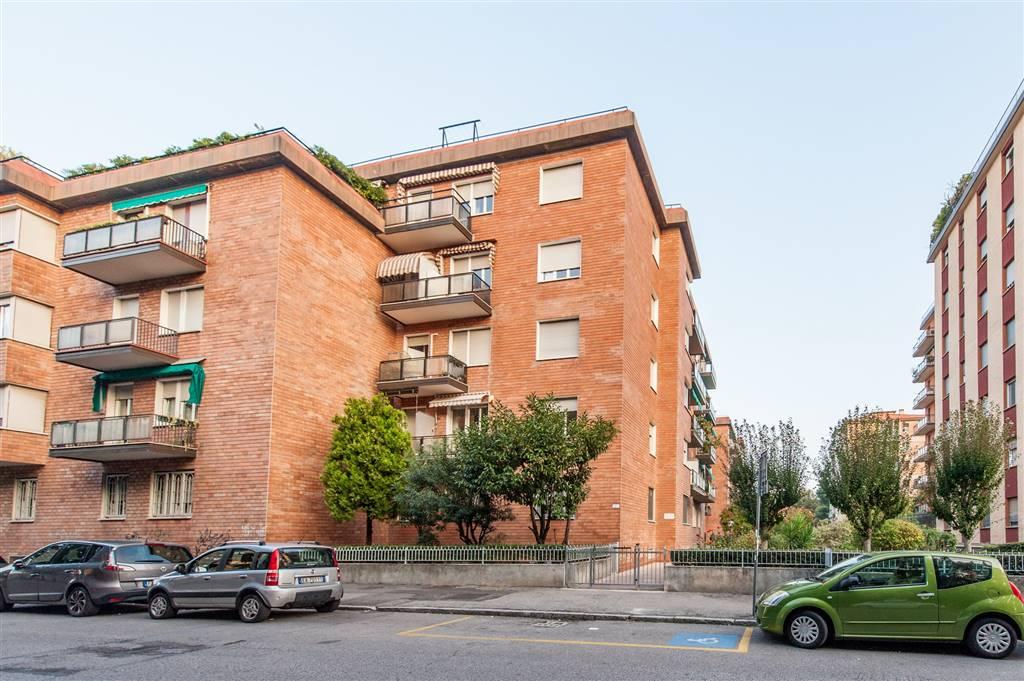Trilocale in Via Lombardia 10, Mazzini,s. Orsola, Bologna