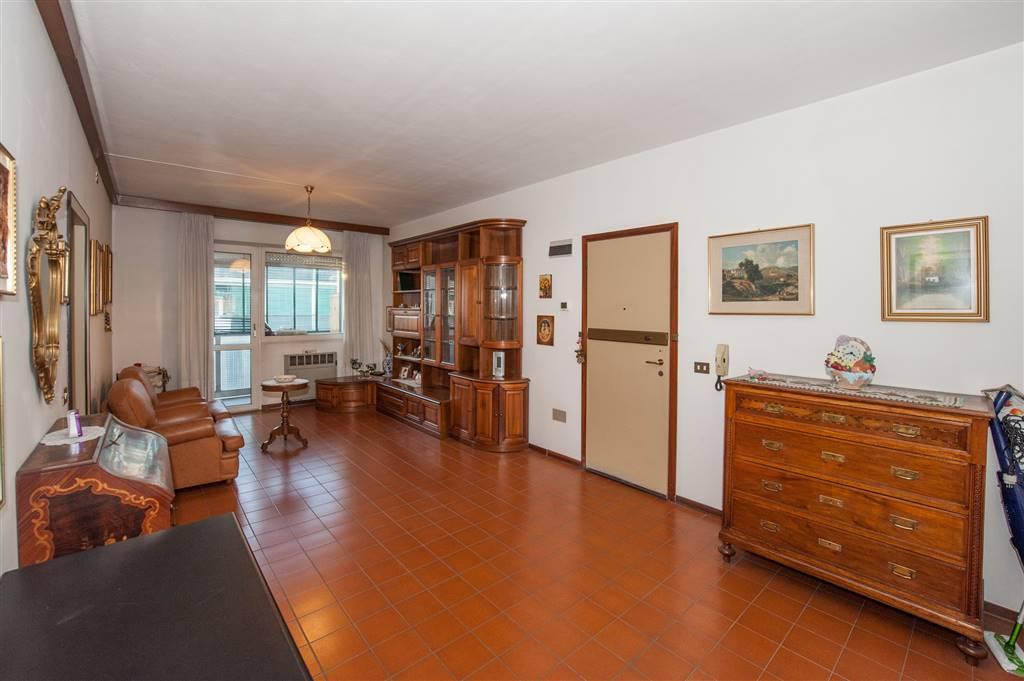 Appartamento in Via Agucchi, Bologna