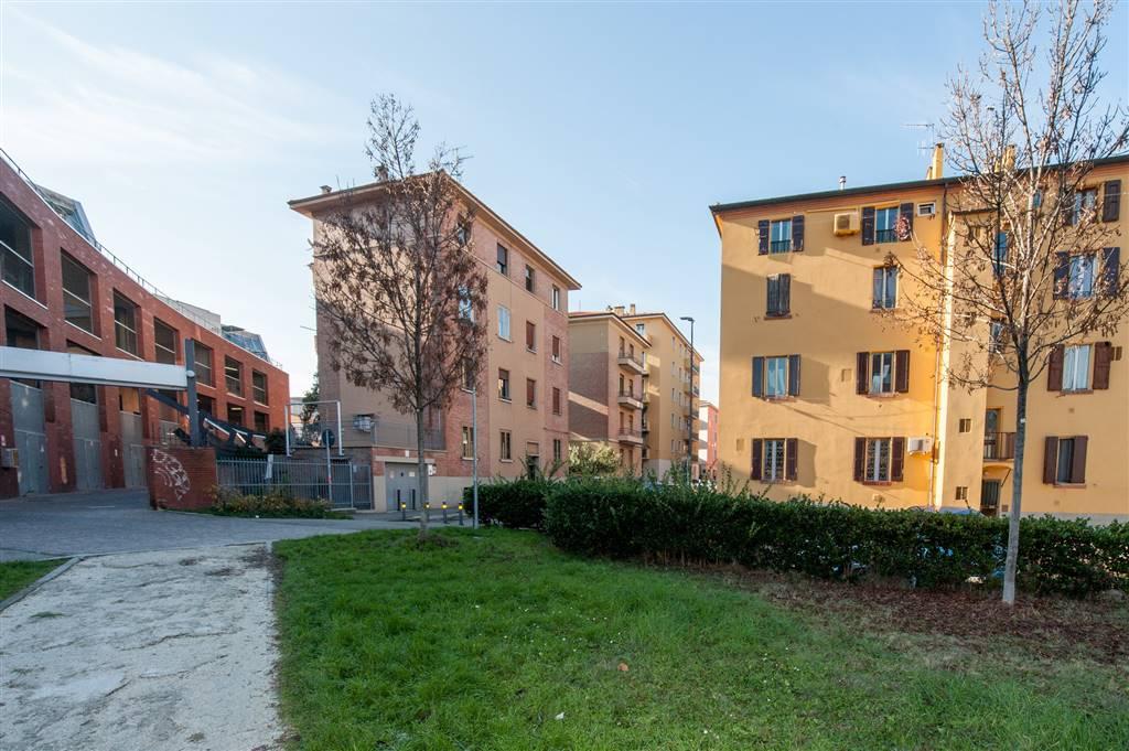 Trilocale in Via Ferrarese 113, Bolognina, Bologna