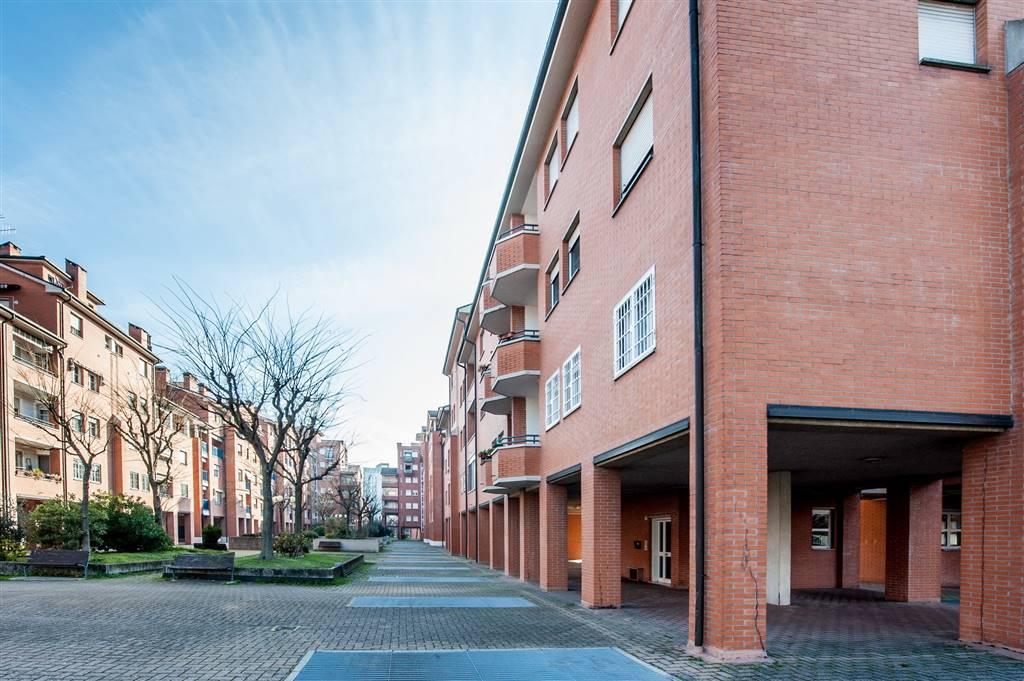 Quadrilocale in Via Weber 13, San Vitale, Bologna