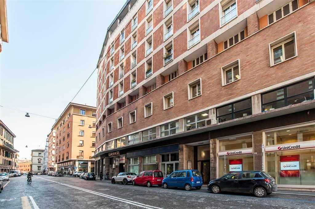 Foto 2 di Appartamento Bologna